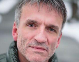 Hans Petter Halvorsen